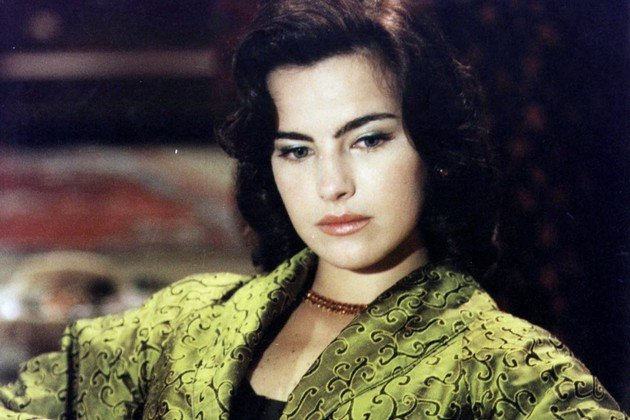 """Série """"Hilda Furacão"""" foi protagonizada por Ana Arósio"""