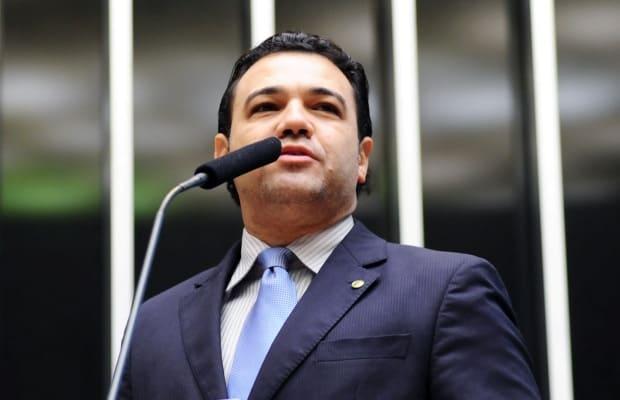 """Marco Feliciano criticou """"Em Família"""" e Manoel Carlos"""
