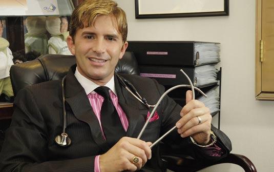 Dr. Rey
