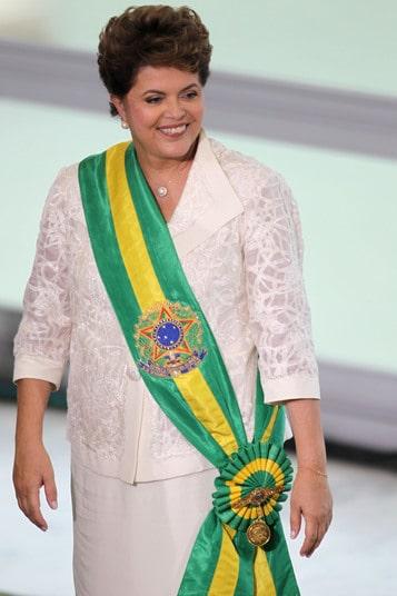 Página que satiriza Dilma sofreu censura no Facebook