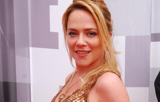 """""""Tempos Modernos"""" (2010) foi o último trabalho de Viviane na TV"""