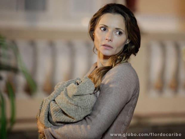 Doralice está apaixonada por Juliano, mas romance foi abafado