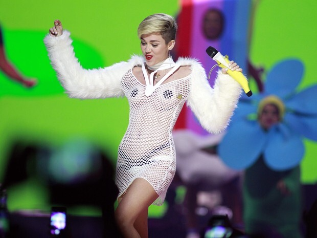 miley_cyrus_reuters_2