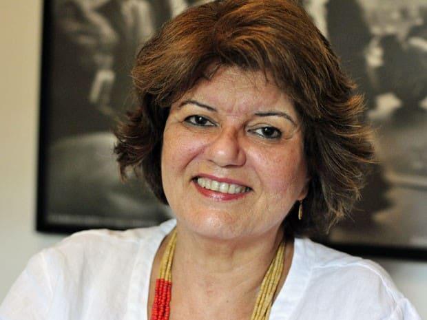 Elizabeth Jhin entregou sinopse de sua nova novela à Globo