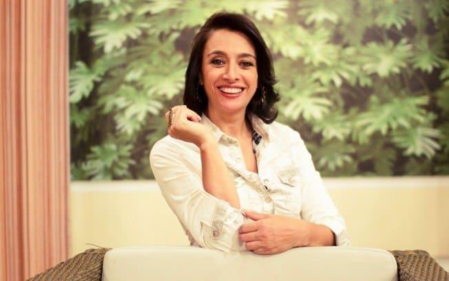 http://rd1.ig.com.br/wp-content/uploads/2013/11/C%C3%A1tia-Fonseca.jpg