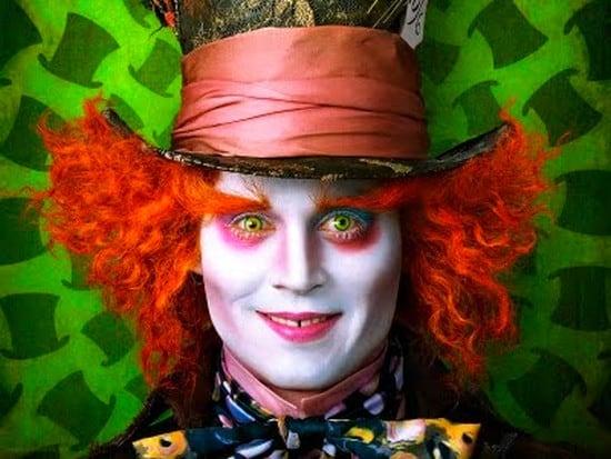 """Johnny Depp estará presente em """"Alice no País das Maravilhas 2"""""""