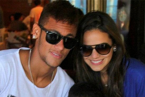 Neymar e Bruna Marquezine estariam passando por uma crise