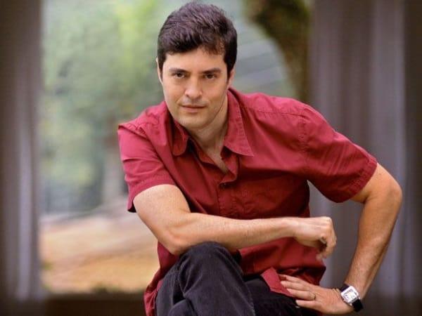 Tiago Santiago fará série de fantasia para a Fox