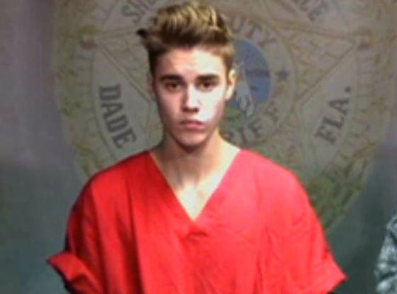 Justin Bieber foi fichado por dirigir embriagado