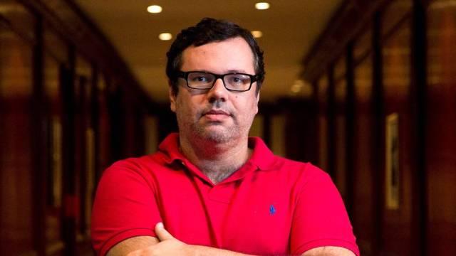 João Emanuel Carneiro pode ser chamado para salvar novela das 19h da Globo
