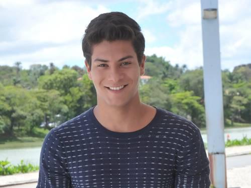 Arthur Aguiar pode ganhar novo papel em novela da Globo