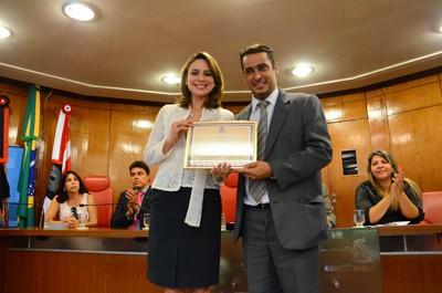 Rachel recebe Diploma de Honra ao Mérito