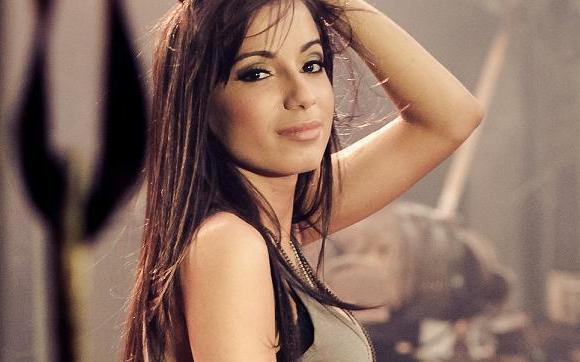 A cantora Anitta, a irresistível