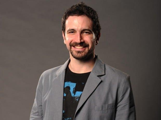 Paulo Fonseca (Caco Ciocler) – Jornalista e vizinho da família Miranda Romão, se envolveu com Beatriz no passado.