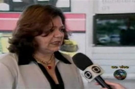 A mulher do 'sanduíche-iche', atrapalhada por um ponto eletrônico, tentou carreira na política