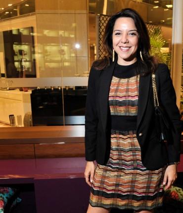 RedeTV! pode convidar Luciana Liviero a permanecer na emissora