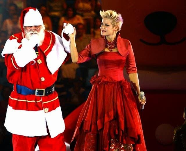 Papai Noel e Xuxa já estrelaram diversos especiais na Globo