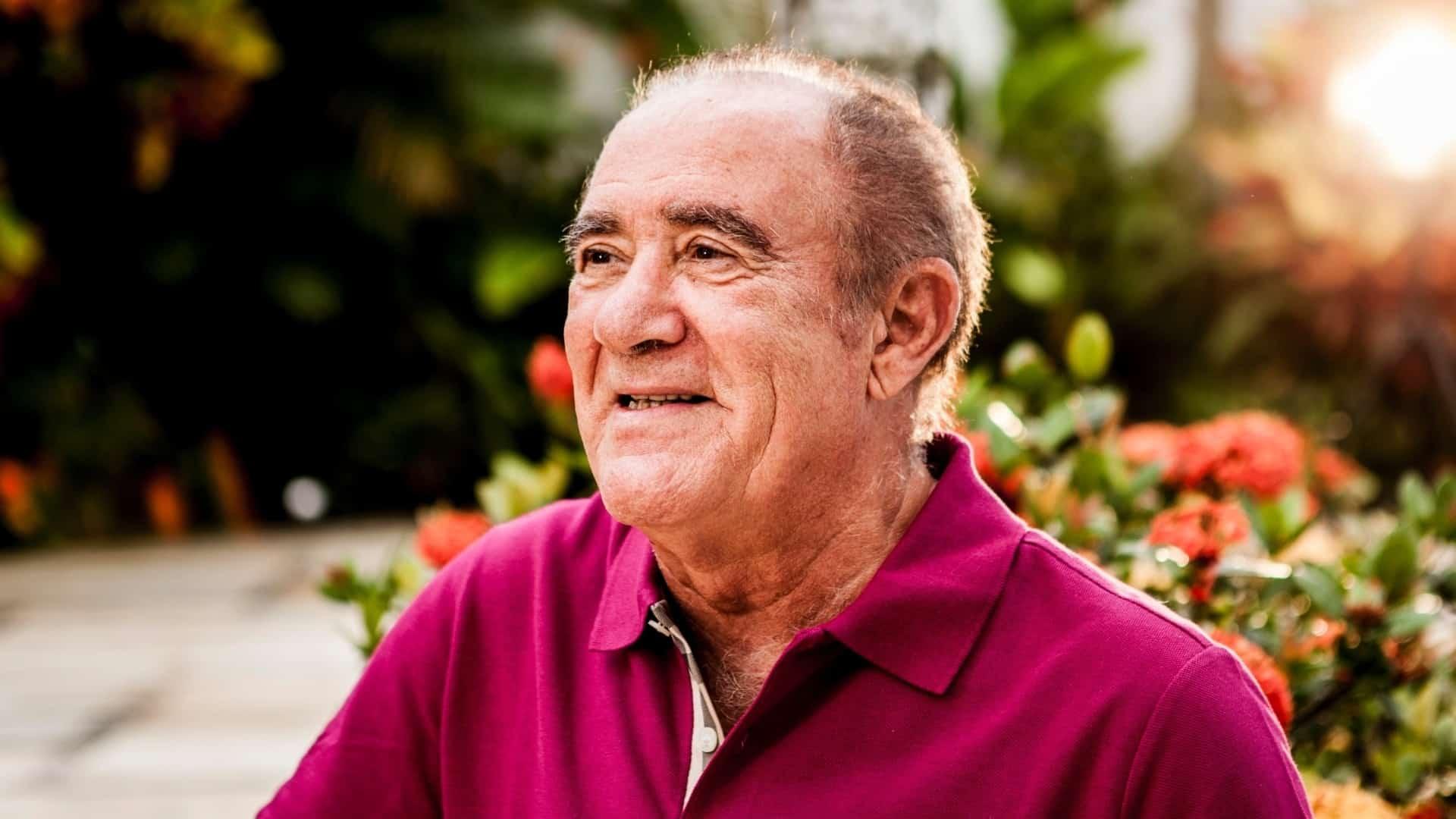Afastado da TV, Renato Aragão completa 80 anos; relembre a carreira