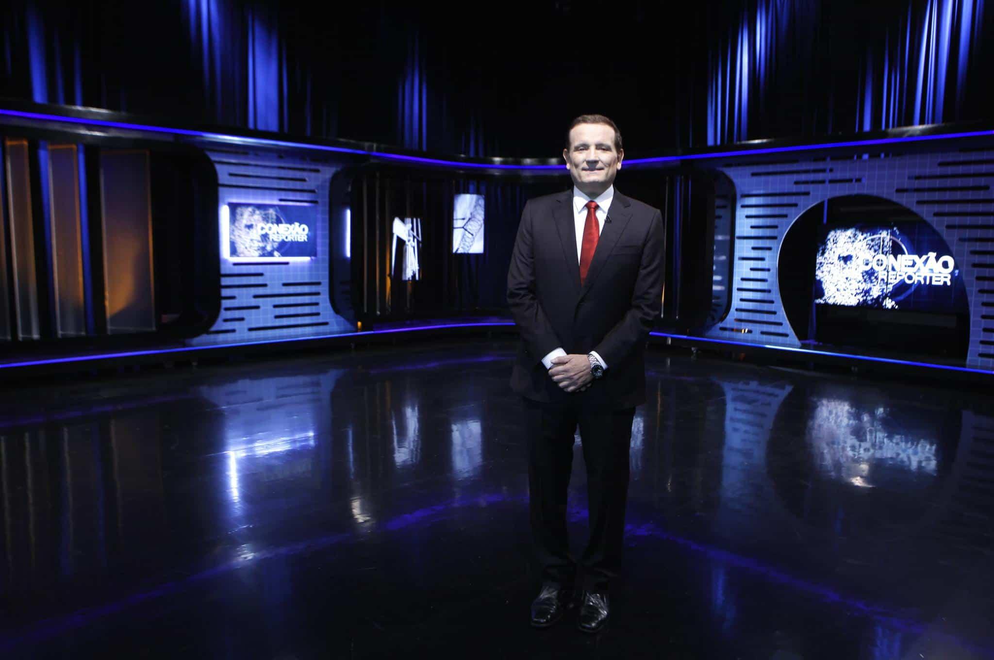 """Roberto Cabrini no novo cenário do """"Conexão Repórter"""""""