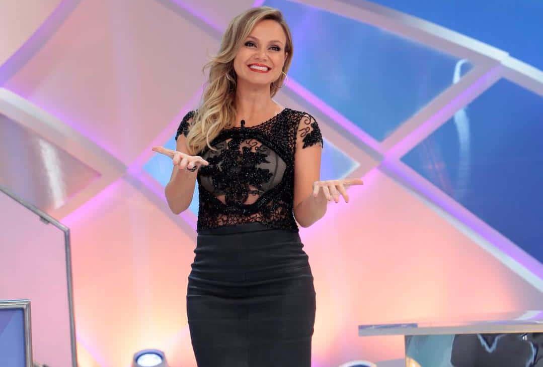 """Eliana grava com Silvio Santos e comemora novo namoro: """"A situação ..."""