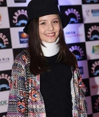 """Larissa Manoela é a protagonista da novela """"Cúmplices de um Resgate"""""""