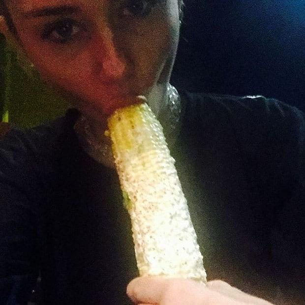 Miley Cyrus Oral Pics