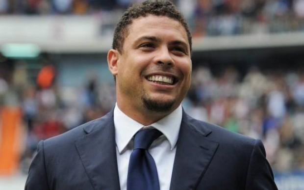 Ronaldo aparece em vídeo inusitado com amigo