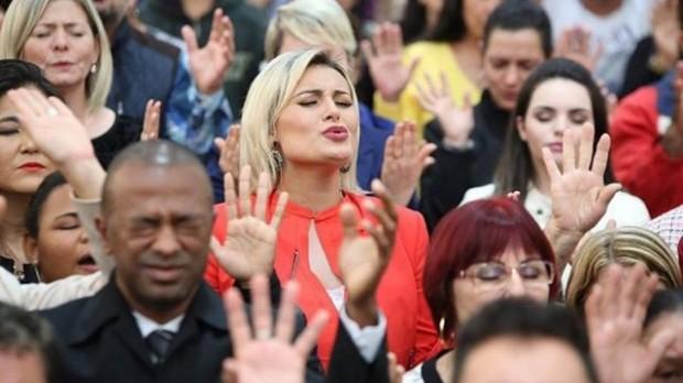 """""""A mulher nasceu para servir ao homem"""", dispara Andressa Urach"""