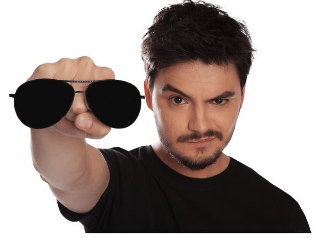 Aplicativo do Felipe Neto bate 400 mil downloads em um dia