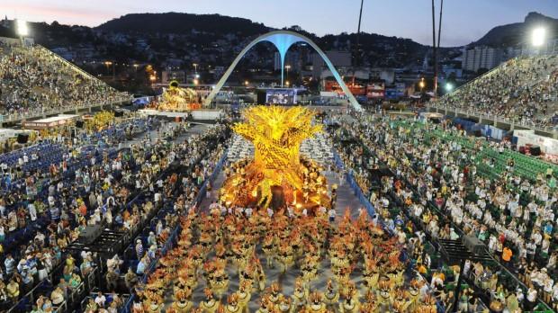 Globo resolveu voltar atrás na decisão de cortar os primeiros desfiles das escolas de samba do Carnaval do Rio