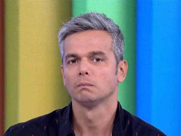 Acusado de antipatia, Otaviano Costa dá justificativa inesperada para fã