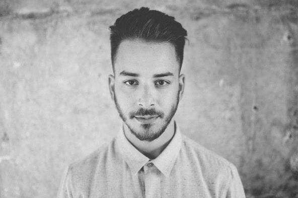 Júnior comenta boatos sobre ser gay: 'Muita terapia e crise de pânico'