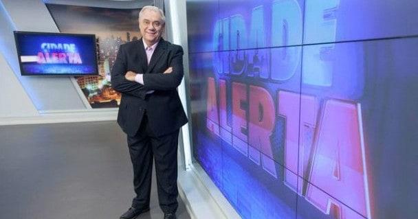 Marcelo Rezende passa mal e é internado em São Paulo