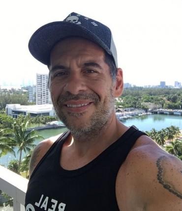 """Leandro Hassum responde seguidora após comentário ofensivo: """"Acho botox ridículo"""""""