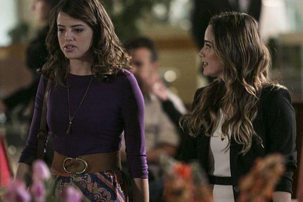 Camila desvenda mistério que envolve a explosão do depósito e culpa Bruna