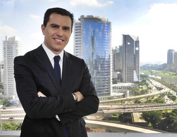 """Rodrigo Bocardi, comandante do """"Bom Dia São Paulo""""; telejornal terá """"correspondentes locais""""."""