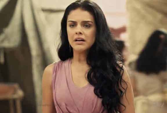 Samara é raptada por engano e acaba sendo descoberta por Úrsula