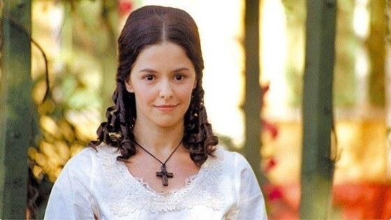 """Bianca Rinaldi como Isaura, protagonista de """"A Escrava Isaura"""", da Record."""