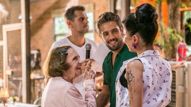 """Laura Cardoso em cena que marca seu retorno a """"Sol Nascente"""""""