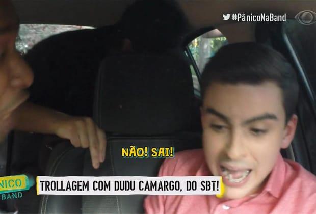 """Dudu Camargo, do SBT, se desespera em falsa entrevista armada pelo """"Pânico"""""""