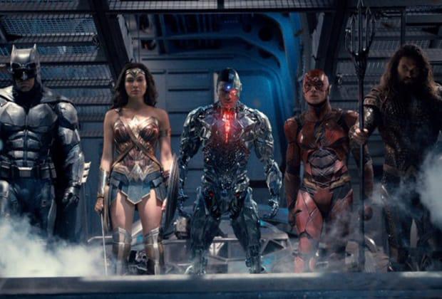 """""""Liga da Justiça"""" ganha trailer e impressiona; """"reação"""" dos """"Vingadores"""" dá o que falar"""