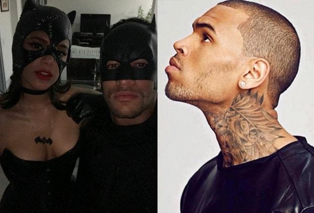 """Após alfinetada, Chris Brown provoca Neymar e sugere que jogador """"paga pau"""" para ele"""