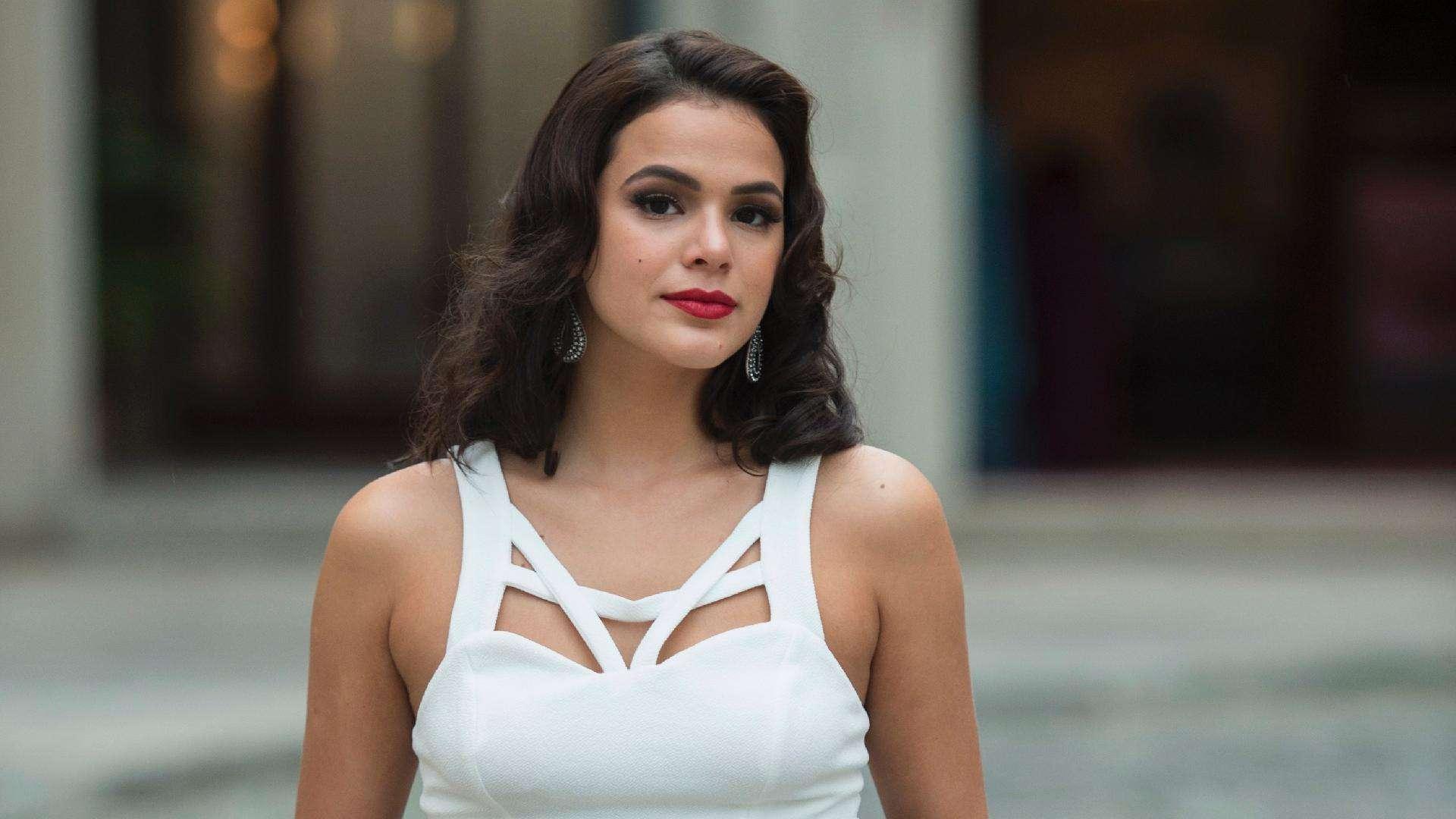 Bruna Marquezine é notificada pelo Conar por publicações indevidas no Instagram