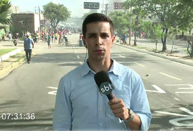 No Recife, repórter do SBT é roubado durante cobertura da greve