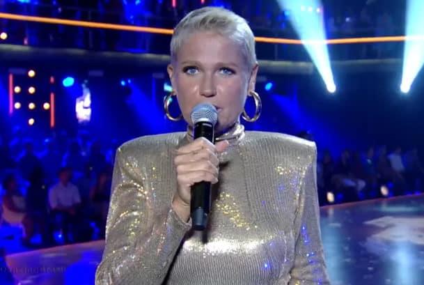 Na Record, Xuxa se empolga, cita Nossa Senhora e leva bronca de diretor