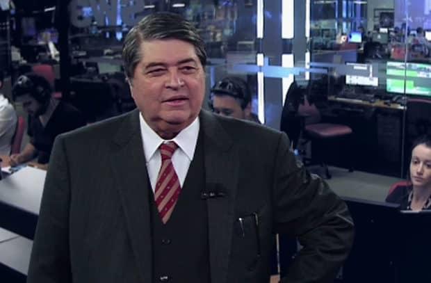 """José Luiz Datena irá apresentar """"Brasil Urgente"""" em novo cenário a partir desta segunda-feira (19)."""