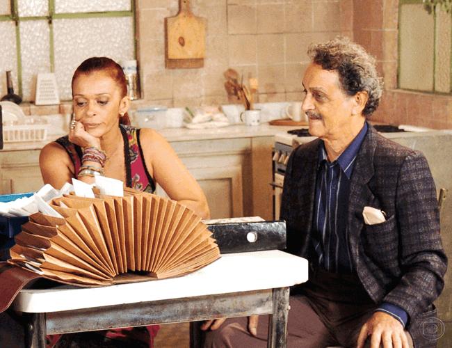 """Nelson Xavier e Via Negromonte, casados por 28 anos, atuaram juntos em """"Belíssima"""" (2005)."""