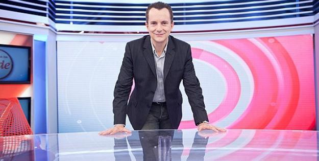 """Alvo de inquérito, Celso Russomanno é afastado do """"Hoje em Dia"""", da Record."""