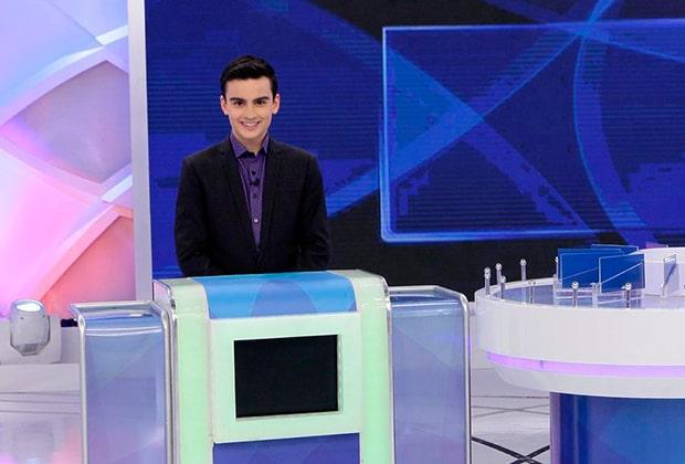 Dudu Camargo causa no velório de Marcelo Rezende, diz colunista