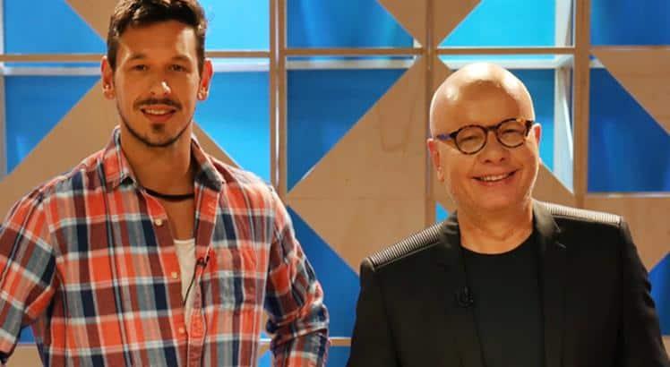 Marcelo Tas e João Vicente de Castro discutem nos bastidores do GNT